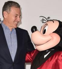Disney после слияния не будет изменять R-рейтинг для франшиз «Дэдпул», «Чужой» и «Хищник»